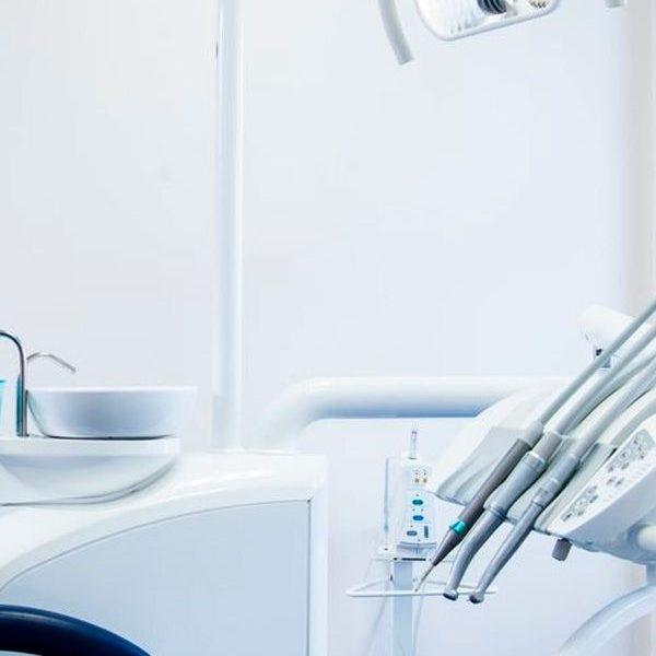 Clínicas dentales en Zaragoza al mejor precio